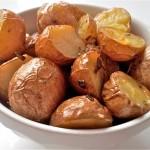 Aardappelen met schil uit de oven