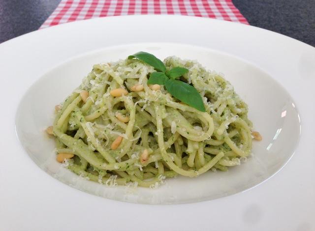 Spaghetti met courtgette pesto