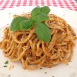 Spaghetti pesto zongedroogde tomaten
