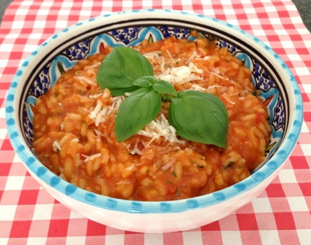 Tomaten risotto met basilicum