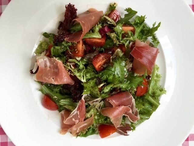 Salade met Italiaanse ham