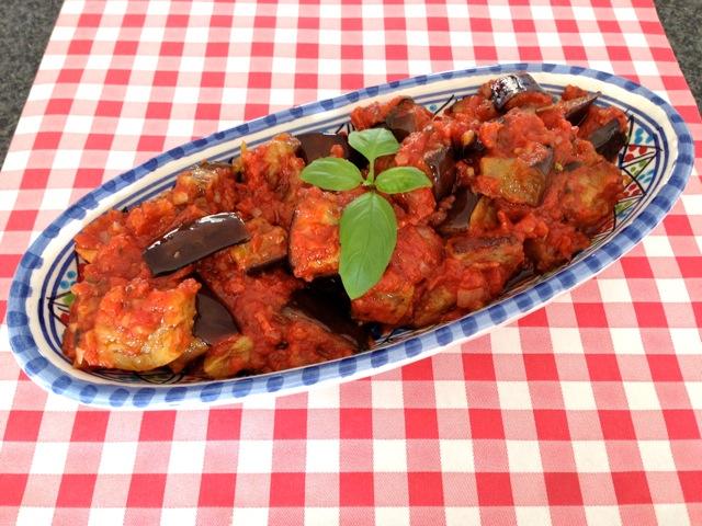 Aubergine met tomatensaus