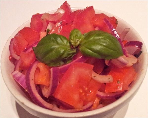 Italiaanse tomatensalade