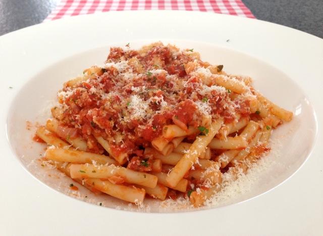 Macaroni met tomatensaus