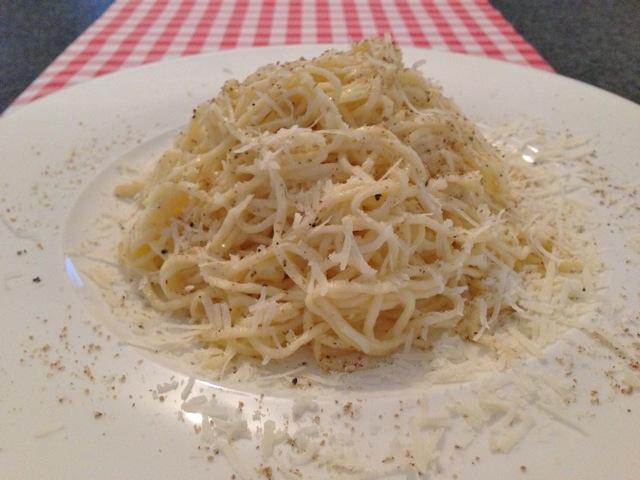 Pasta met kaas en peper