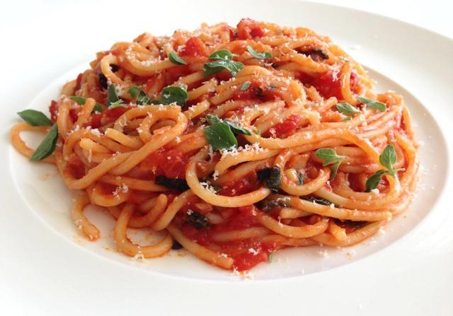 Pasta tomatensaus