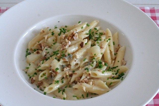 Pasta met Gorgonzola, peer en walnoten