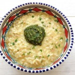 Prosecco risotto met pistachepesto