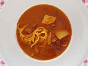 Bonensoep met pasta