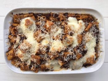Pasta al forno Siciliano