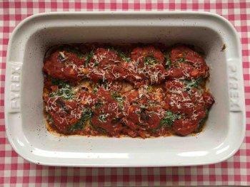 Ricottaballetjes gevuld met spinazie en kaas