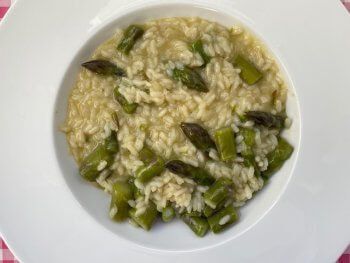 Risotto met groene asperges en Pecorino